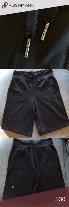 Lululemon Athletica Bermuda Shorts These shorts are in excellent condition! No pilling. Two pockets. 11 1/2 inch inseam. Non-smoking pet free home.                                                     🔹suggested user • fast shipper🔹                       🔸bundle to save 15%🔸 lululemon athletica Shorts Bermudas