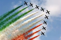 News Non Disponibile - Ultime Notizie Fighter Aircraft, Fighter Jets, All God Images, 15 August Images, Happy Independence Day India, Plane Crafts, Air Force Day, Republic Day India, Lord Shiva Painting