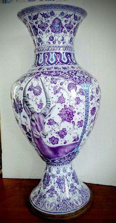 Blue Pottery, Turkish Art, Aesthetic Movement, All Things Purple, Art For Art Sake, Arabesque, Art Decor, Home Decor, Ceramic Art