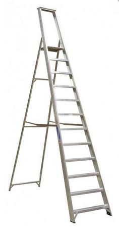 Rent a Youngman's 9-feet Alloy Step Ladder in Malta. Alloy step ladder suitable for maintenance or inspection work.