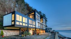 Modern Flat Roof Home Designs. Top contemporary home designs with a flat roof. Modern flat roof homes. Modern Architecture House, Residential Architecture, Architecture Design, Innovative Architecture, Washington Beaches, Washington State, Modern Wooden House, Camano Island, Whidbey Island