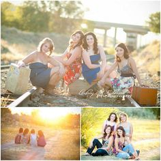 I'm going to do this with all my friends for senior pictures !!
