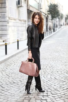24  Amazing Street Style Outfit Ideas - street style Fawn, crimson and black...