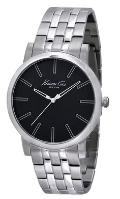IKC9231 | 1,798 kr UPC: 020571101098 SLIM STAINLESS STEEL ROUND CASE, BLACK DIAL WITH SILVER ACCENTS, MINERAL GLASS CRYSTAL, THREE HAND MOVEMENT, STAINLESS STEEL BRACELET WITH TWO BUTTON FOLD-EVER CLASP. 43.5MM CASE 3 ATM Hitta butiker på www.swgroup.se