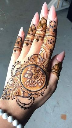 Khafif Mehndi Design, Finger Henna Designs, Full Hand Mehndi Designs, Mehndi Designs For Beginners, Mehndi Designs For Girls, Mehndi Design Pictures, Wedding Mehndi Designs, Mehndi Designs For Fingers, Dulhan Mehndi Designs
