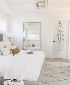 Master bedrooms, minimalistic bedrooms, luxury bedrooms and everything bedroom related for your bedroom interior. Master bedrooms, minimalistic bedrooms, luxury bedrooms and everything bedroom related for your bedroom interior. Gold Bedroom Decor, Room Ideas Bedroom, Dream Bedroom, Home Bedroom, Master Bedrooms, Bedroom Mirrors, Master Suite, Airy Bedroom, Cozy White Bedroom