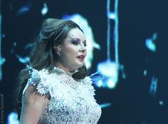 Sarah Brightman (born 14 August 1960) is an English classical crossover light lyric soprano, actress, songwriter and dancer.