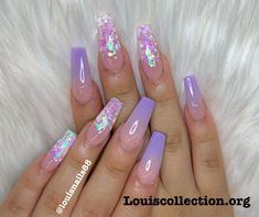 How to choose your fake nails? - My Nails Purple Ombre Nails, Purple Acrylic Nails, Acrylic Nails Coffin Short, Summer Acrylic Nails, Best Acrylic Nails, Aycrlic Nails, Swag Nails, Nails Design With Rhinestones, Sparkle Nails