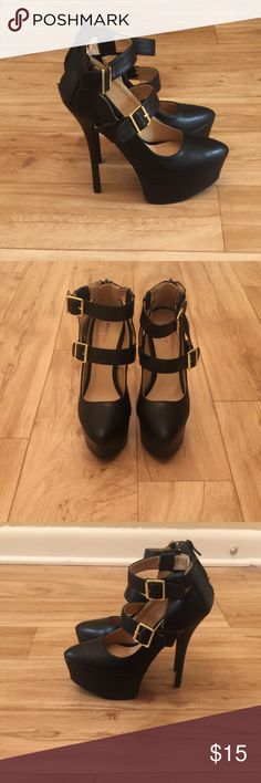 👠JustFab Platform Heels👠 New. Size 7. Classic black color. Faux Leather. 6 inch heel. 2 inch platform. JustFab Shoes Platforms