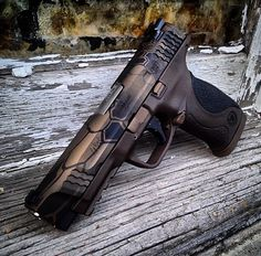 Smith & Wesson M&P--awesome skin!