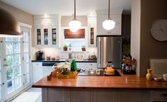 cooktop and schoolhouse pendant lights