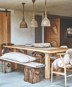 Country House Interior, Farmhouse Interior, Country Homes, Rustic Furniture, Diy Furniture, De Gournay Wallpaper, Mad About The House, Scandi Home, Rustic Wallpaper