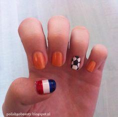 Nederlands elftal nagels #Nailart Check out my blog http://polishgobeauty.blogspot.nl/