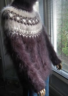 Gorgeous icelandic sweater for guy.
