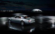 A sneak peek inside the Rolls Royce Phantom Aviator. Clip shows details of the interior design and obvious nods to aviation. Rolls Royce Phantom Coupe, Best Luxury Cars, Amazing Cars, Car Ins, Aviation, The Unit, Vehicles, Twin, Collection