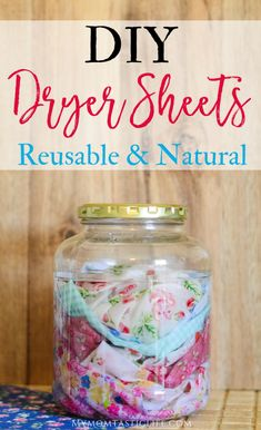 DIY Dryer Sheets - Reusable and Natural Homemade Laundry Products These DIY dryer sheets are simple, natural, and safe for sensitive skin. Ditch the store-bought dryer sheets for good! I've been wanting to make my own. Homemade Cleaning Products, House Cleaning Tips, Natural Cleaning Products, Cleaning Hacks, Diy Hacks, Natural Products, Diy Cleaning Cloths, Household Products, Cleaning Solutions