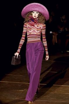 Wide violet-colored pants, printed knit top, fabulous hat - Sonia Rykiel, 2012