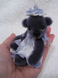 BLUEBELL by Valewood Bears