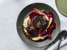Wine-Braised Beef with Green-Garlic Soubise and Young Chicories* Cooks for about 3 hours. Forget the chicories. Serve over polenta Best Dutch Oven, Dutch Oven Recipes, Wine Recipes, Beef Recipes, Cooking Recipes, Recipies, Beef Cheeks, Braised Beef, Your Soul
