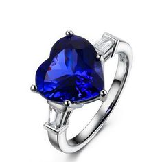 Stunning 5.5ct Natural Blue Tanzanite in 18K Gold Ring by CHARMES Jewellery