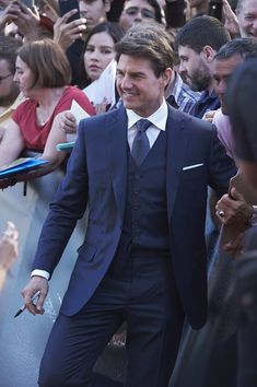 Tom Cruise Photos Photos - Actor Tom Cruise attends 'The Mummy' (La Momia) premiere at the Callao cinema on May 29, 2017 in Madrid, Spain. - Tom Cruise Attends 'The Mummy' Madrid Premiere