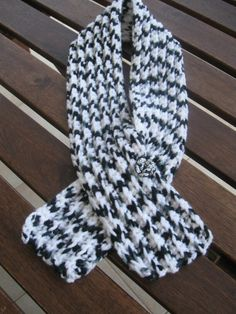 Scarfs  Crochet and knitting    MINT