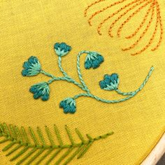 Embroidery stitches from botanical embroidery kit Wooden Embroidery Hoops, Embroidery Scissors, Embroidery Thread, Floral Embroidery, Embroidery Patterns, Long And Short Stitch, Lazy Daisy Stitch, Floral Hoops, Running Stitch
