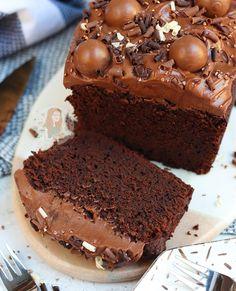 Biscoff Rocky Road! - Jane's Patisserie Delicious Chocolate, Chocolate Flavors, Chocolate Orange, No Bake Lemon Cheesecake, Biscoff Cheesecake, Caramac Cheesecake, Cheesecake Recipes, Sticky Toffee Cake, Easy Bake Cake