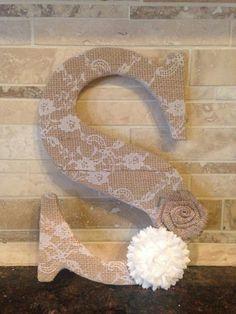 44 Rustic Burlap Wedding Ideas to Shine! 44 Rustic Burlap Wedding Ideas to Shine! Chic Wedding, Fall Wedding, Rustic Wedding, Wedding Lace, Wedding Burlap, Indoor Wedding, Wedding Bride, Wedding Dresses, Burlap Letter