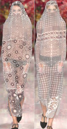 patternprints journal: BEAUTIFUL PATTERNS INTO OUTFITS BY SASHA NASSAR, WOMENSWEAR INTERNATIONAL PRIZE AT LONDON GRADUATE FASHION WEEK