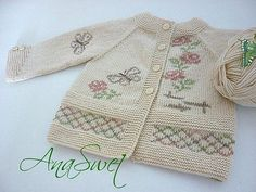 Hand knit baby cardigan with flowers and butterflies.Baby clothing shop, Hand knit baby cardigan with flowers and butterflies.Baby cardigan for girls Cardigan Bebe, Knit Cardigan Pattern, Knitted Baby Cardigan, Baby Pullover, Pink Cardigan, Summer Cardigan, Baby Knitting Patterns, Baby Patterns, Hand Knitting