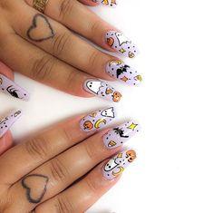 Cute Halloween Nails, Halloween Acrylic Nails, Halloween Nail Designs, Cute Acrylic Nails, Acrylic Nail Designs, Halloween Halloween, Purple Halloween, Halloween Decorations, Halloween Costumes