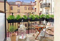 Cuatro Ideas para Renovar Terrazas y Balcones