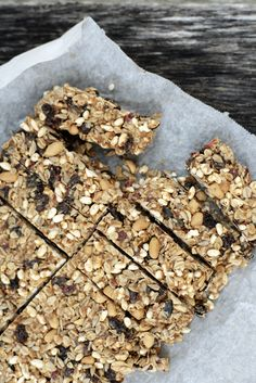 Energibarer med peanøtter No Bake Desserts, Food And Drink, Keto, Candy, Cookies, Chocolate, Baking, Crack Crackers, Biscuits