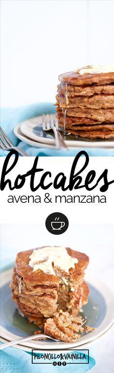 Receta de hotcakes con manzana y avena, desayuno saludable super aprobado por la familia. Desayuno perfecto para fines de semana, a todos nos encantaron. via @piloncilloyv