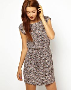 Sessun Dress in Dot Print with Low Back and Zip