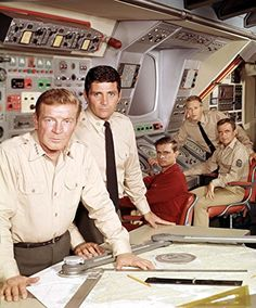 Richard Basehart, Robert Dowdell, and David Hedison in Voyage to the Bottom of the Sea (1964)