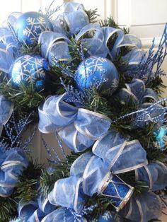 Christmas wreath #bluechristmas #christmasdecor. Do in silver also.