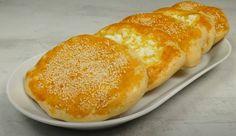 Εύκολα και χορταστικά τυρόψωμα, χωρίς πλάστη Hot Dog Buns, Hot Dogs, Starters, Bread, Ethnic Recipes, Food, Pizza, Brot, Essen