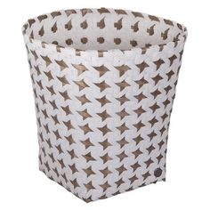 We love these storage baskets, they can be used as planters or somewhere to pop magazines, toys etc. In fact, anywhere in the house, even a waste paper bin!