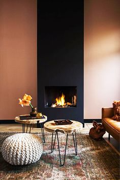 Best Traditional and Modern Fireplace Design Ideas Photos & Pictures - Home Fireplace, Modern Fireplace, Fireplace Design, Small Fireplace, Interior Design Minimalist, Modern Interior, Interior And Exterior, Room Interior, Exterior Design