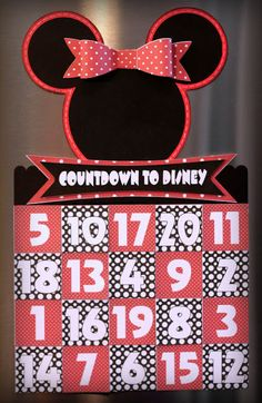 Scrappin' 2 Little Princesses: Disney Countdown - Pretty Paper, Pretty Ribbons Vacation Countdown, Disney Countdown, Countdown Calendar, Disney Vacations, Disney Trips, Disney Parks, Disney Reveal, Disney Wishes, Senior Trip