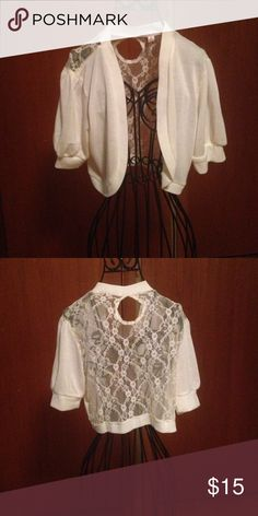 Crop, lace back sweater Very cute lace back, crop sweater Made for me 2 look amazing Sweaters