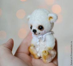 Artist bear by Natalia Koroleva