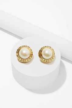 Vintage Moschino Pearl Earrings   Shop Vintage Goldmine #2 - Moschino at Nasty Gal