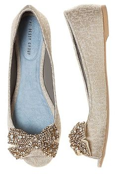 adorable 'gigi' bow ballet flats http://rstyle.me/n/g2rddr9te
