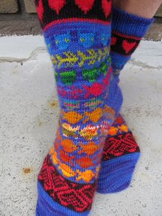 New socks - knitted as part of the 52 plunge..   I 've knitted the socks for myself. The pattern below assumes that you can knit socks as I ...
