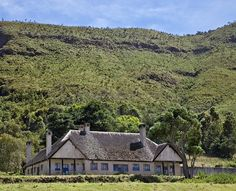 An imposing old settlers house in the Wanjohi Valley, often called The Happy Valley. The house was built in the 1930s by Alistair Gibb who died playing polo in England in 1941. The house now belongs to the Kenya Government and part of it is occupied by school teachers.