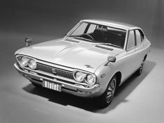 Nissan Violet Sedan (710) '01.1973–02.1976