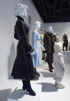Miss Peregrine's Home for Peculiar Children movie costumes
